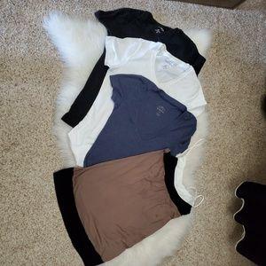 Bundle 4 tshirts/ tank top